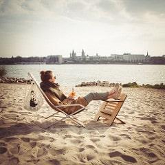 Standsome am Rhein Strand in Mainz