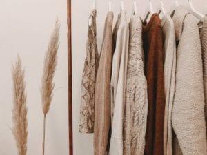 Kleidung ausmisten in der Corona Quarantaene