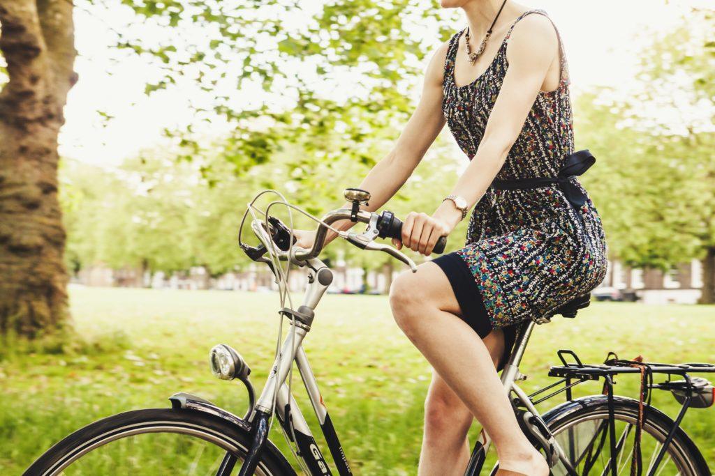 Nachhaltigkeit - Fahrrad statt Auto nutzen